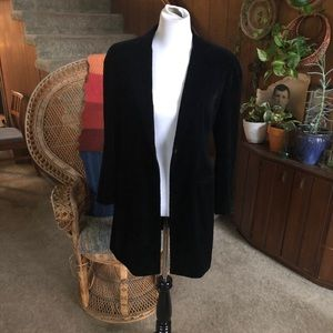 Gorgeous Giorgio Armani Single Button Black Blazer